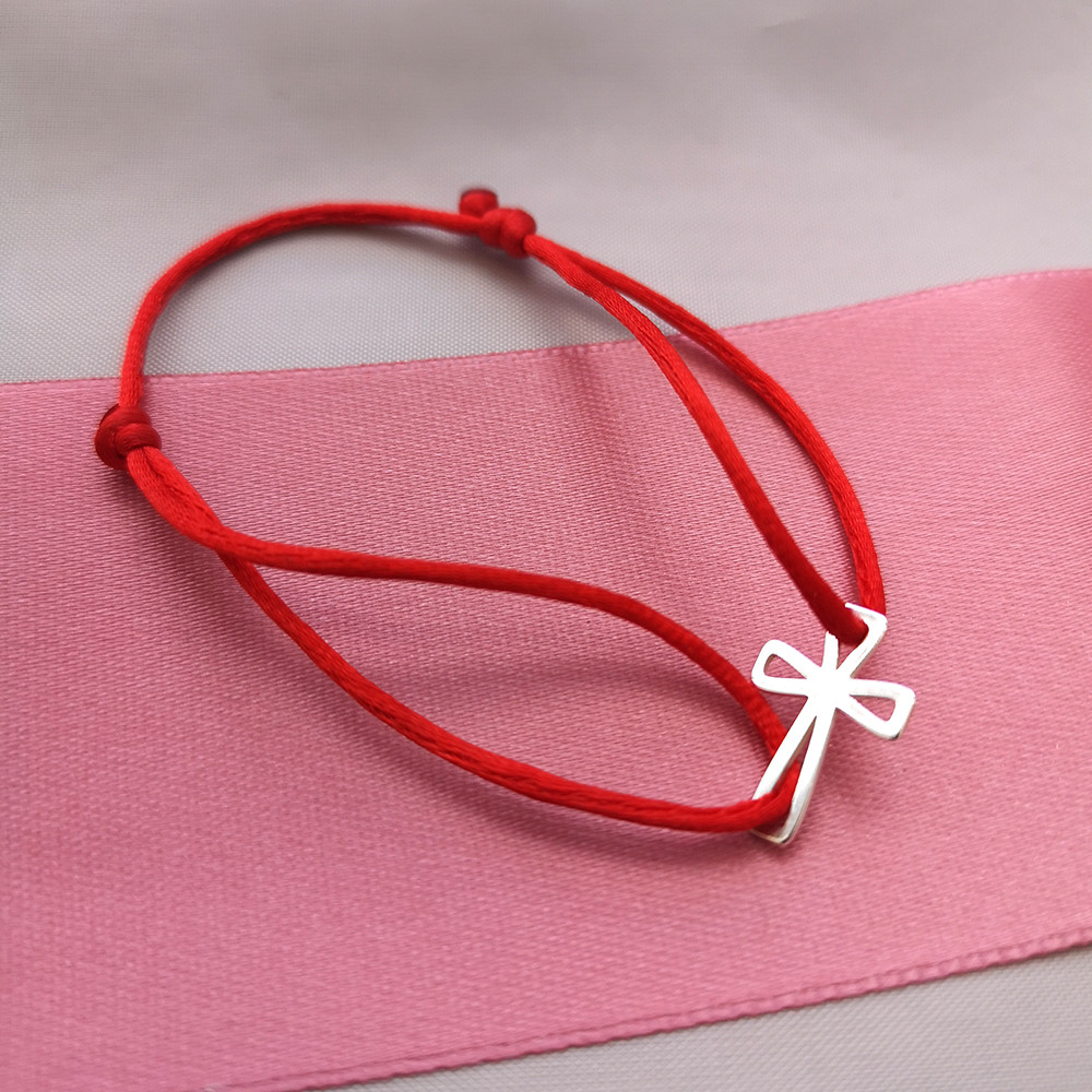 Šňůrkový náramek Kříž