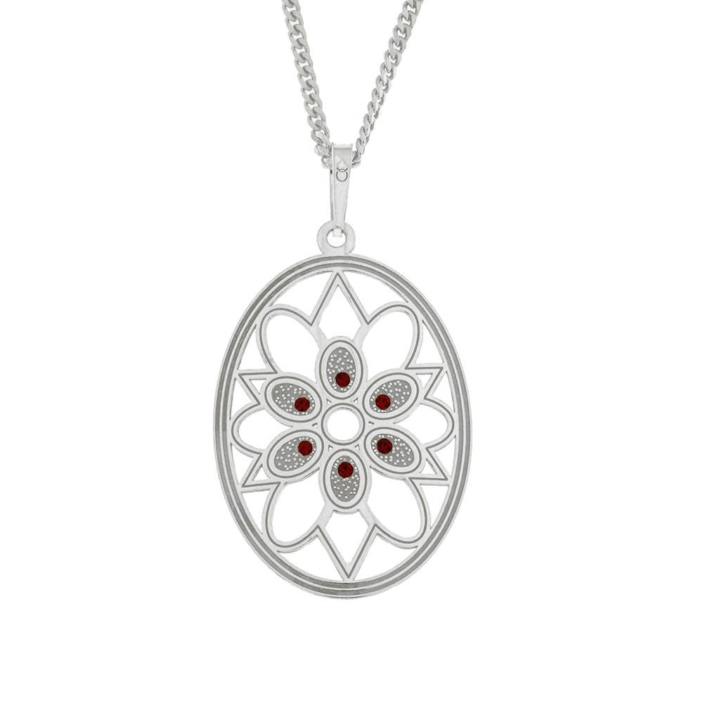 Stříbrný přívěsek na stříbrném řetízku, zdobený kamínky, vyvolává vzpomínku na zručné ruce babičky či prababičky, vytvářející háčkovanou krásu.