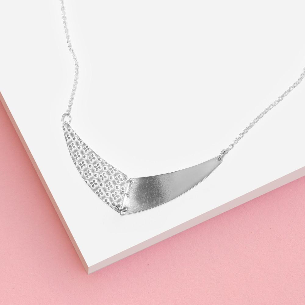 Stříbrný náhrdelník Agnese