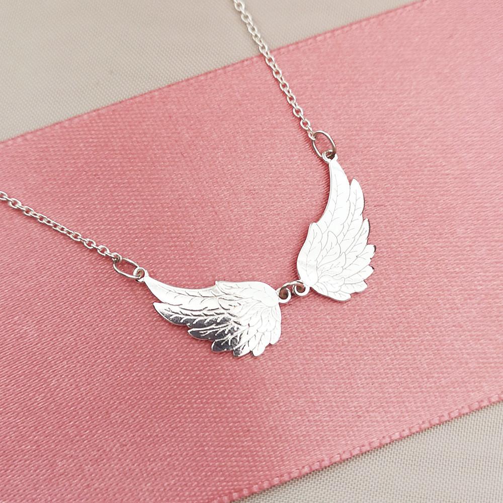 Stříbrný náhrdelník Angelina