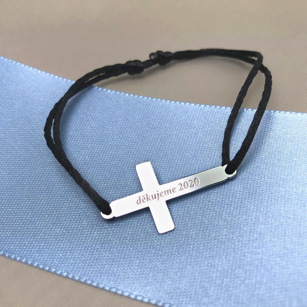 Provázkový náramek Křížek