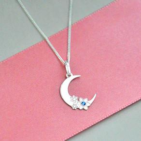 Stříbrný přívěsek na řetízku Moon